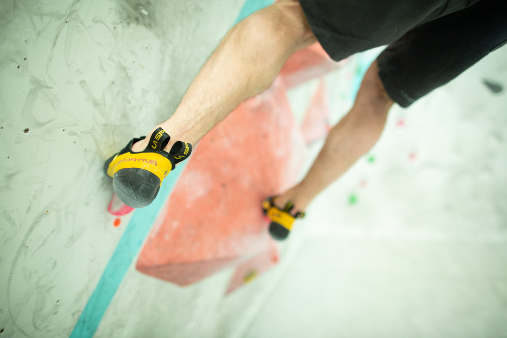 The key is to save space on larger footholds to allow room for the rotation. © UKC Articles