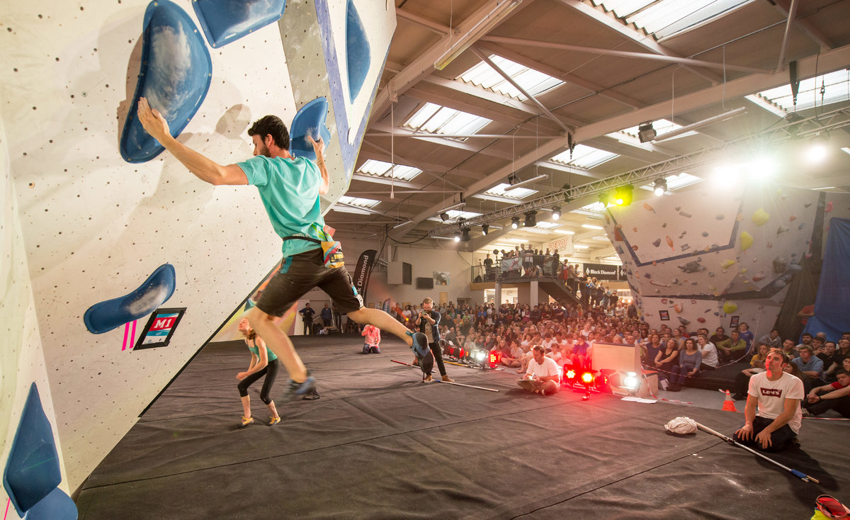 Nathan Phillips competing in the men\'s Boulder final. © UKC News