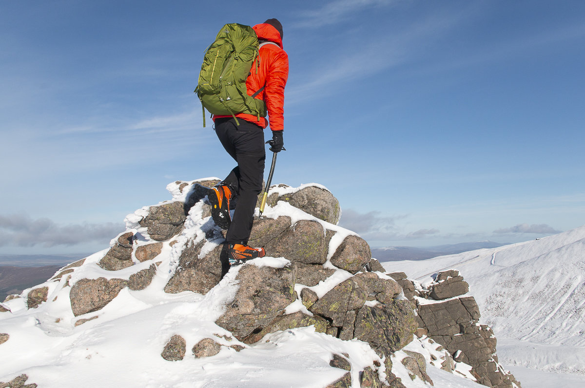 4e5639aeb3e UKC Gear - REVIEW: Lowe Alpine Altus 42 Pack