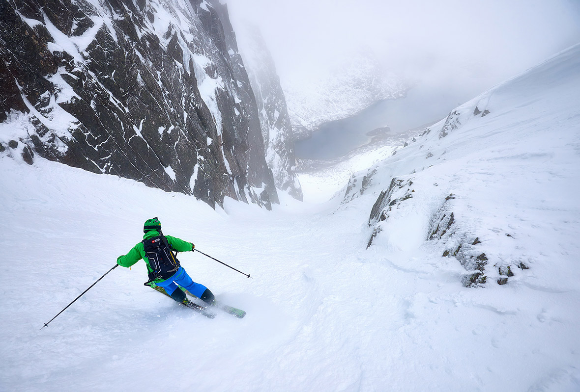 Skiing the Trollsadelen South Gully in the Lofoten Islands © Hamish Frost