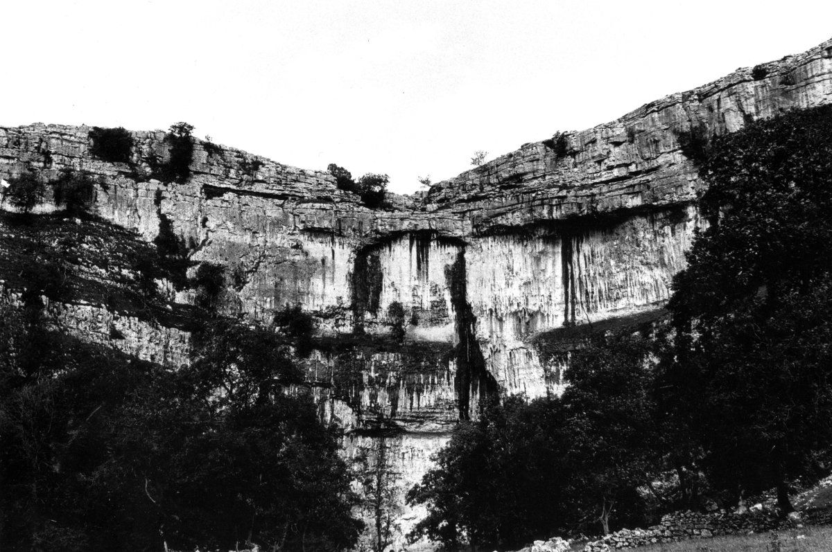 Malham Cove with its central wall, almost 300ft high,   © Ian Smith