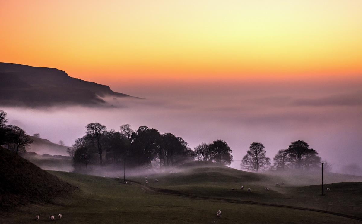 Ingleborough Sunset © johnhenderson