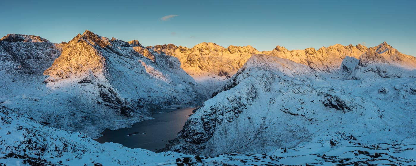 The ridge just after sunrise... © Garry Robertson