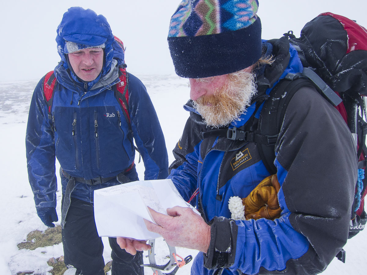 Steve Perry and Andy Nisbet on a new routing day in the Easains. © UKC News