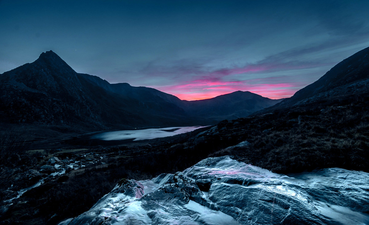 Last light Ogwen © johnhenderson