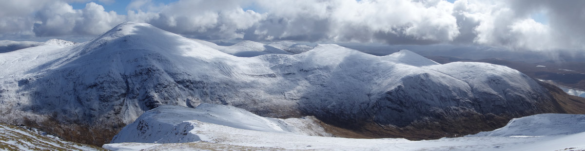 Sgurr nan Clach Geala from the West © kend