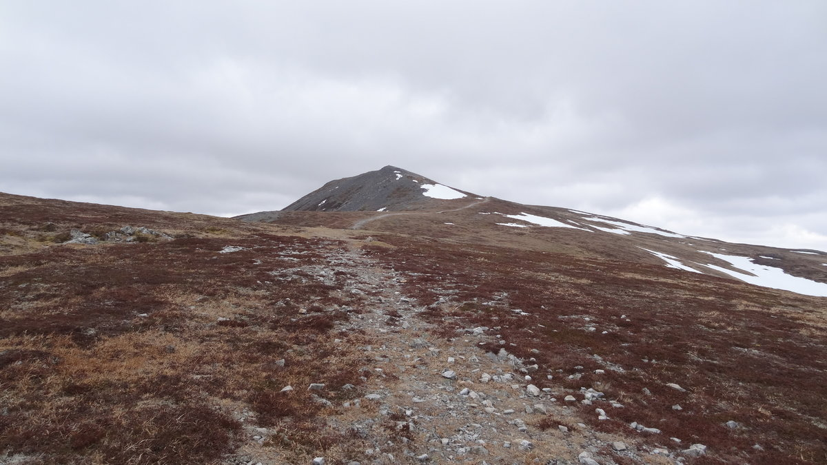 Summit Approach from East © soularch