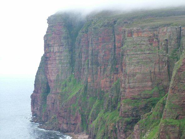 The highest crag in Britain - ST John's Head, Hoy, 54 kb