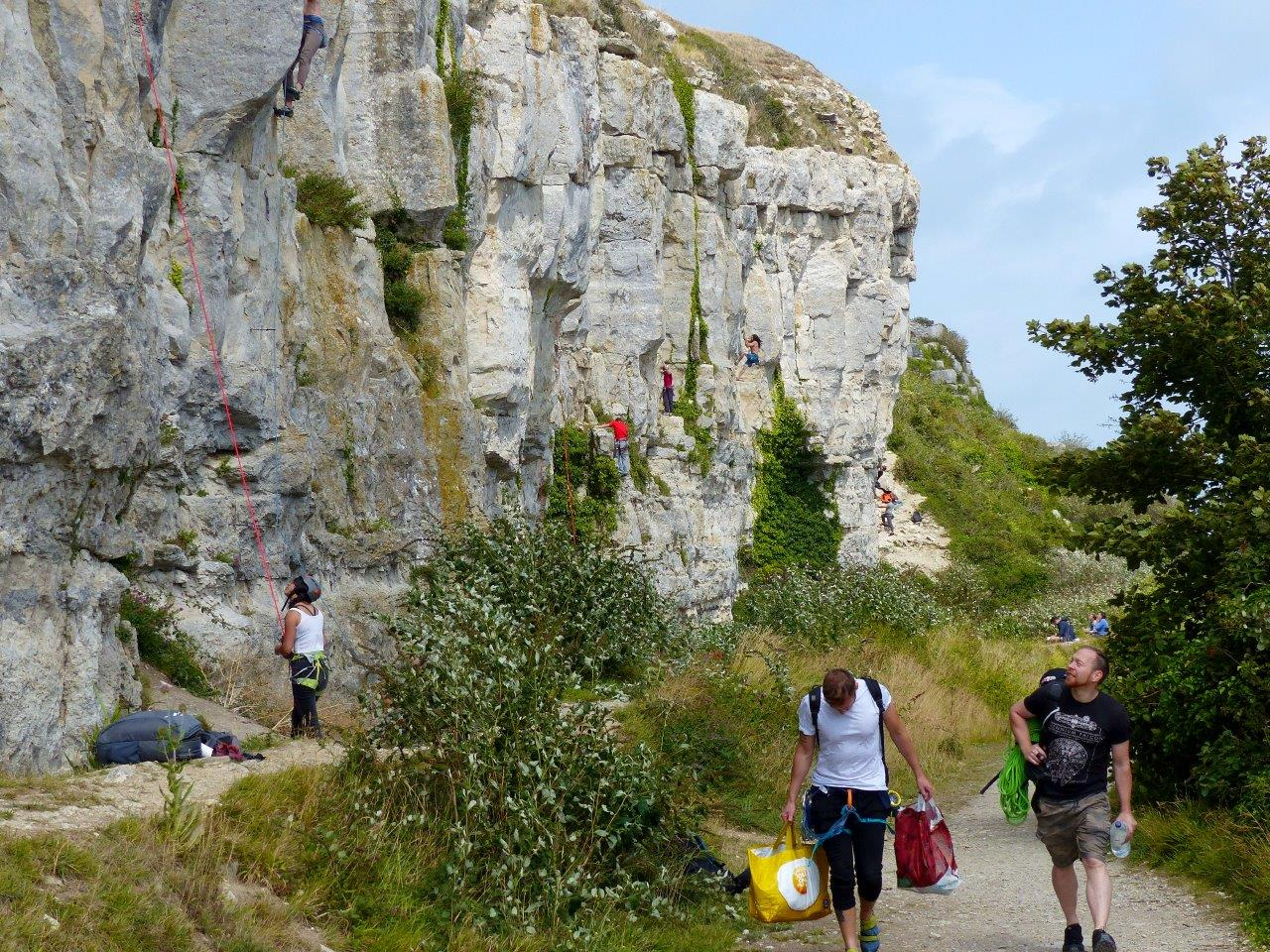 ARTICLE: 10 Things to Do at a Sport Crag