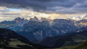 [Passing storm, Seller pass. © LucaC]