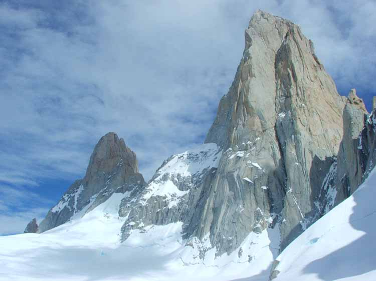 Fitz Roy and Aguja Poincenot, 36 kb