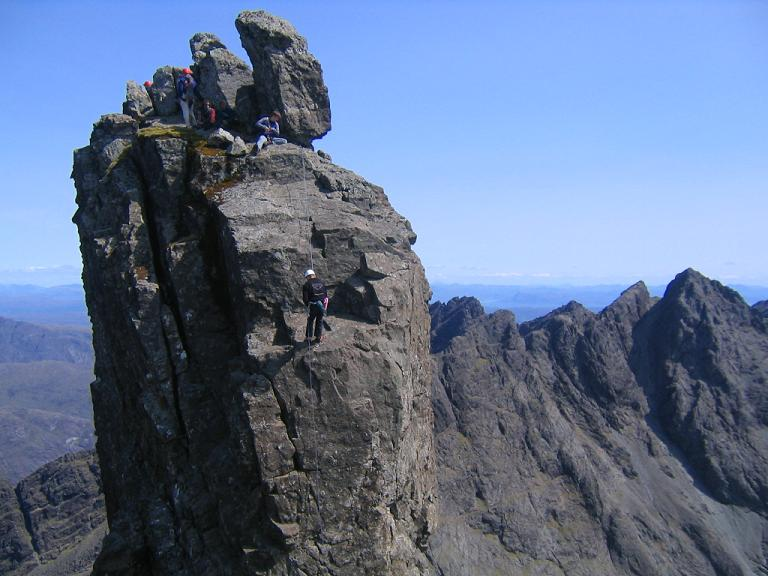 Abseiling from the In Pinn, 67 kb