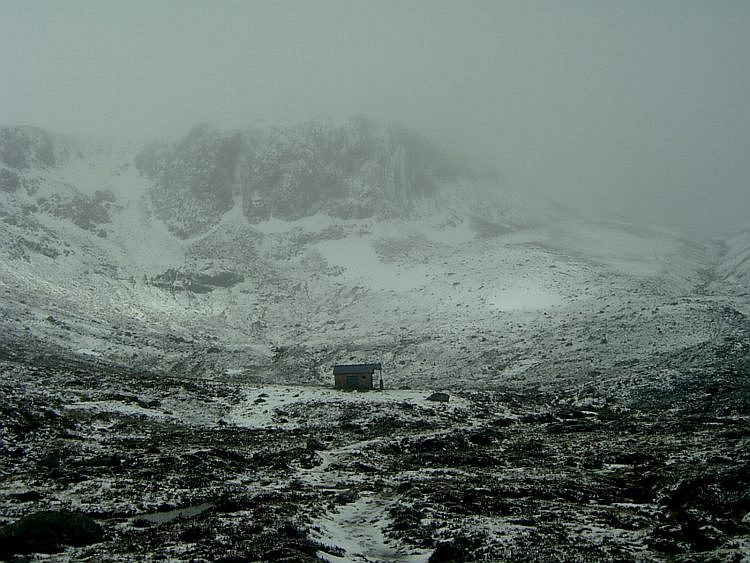 Hutchison Hut in May, 90 kb