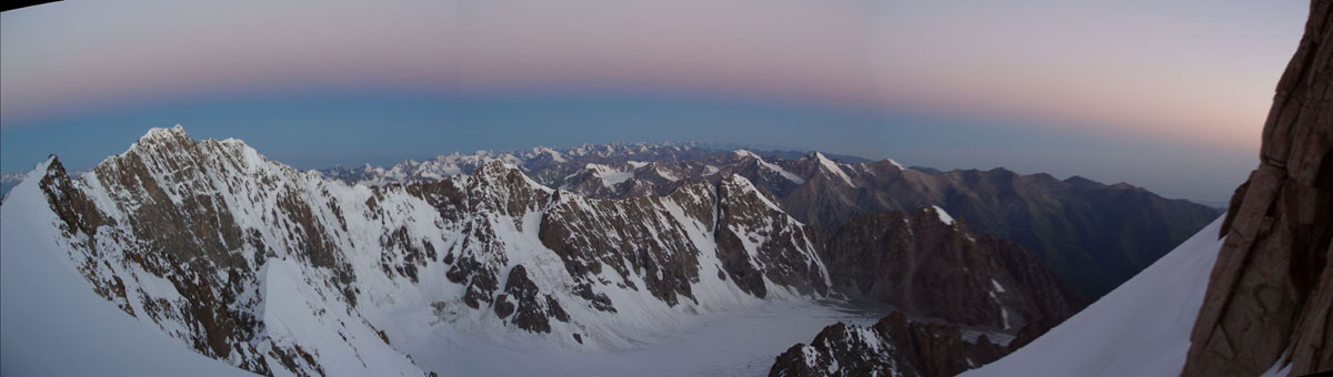 First Light in the Ala-Archa National Park, Kyrgyzstan, 70 kb