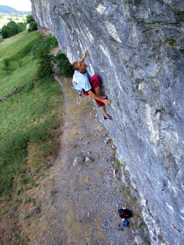 Steve McClure, first redpoint of Magnetic North 8c+, Kilnsey, 89 kb