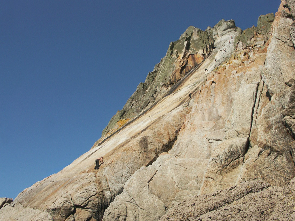 An exhilarating solo of The Devil's Slide, my 400ft intro to Lundy, 256 kb