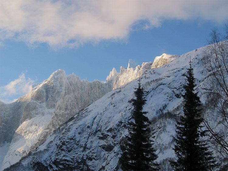 Troll Wall, Romsdal, 108 kb