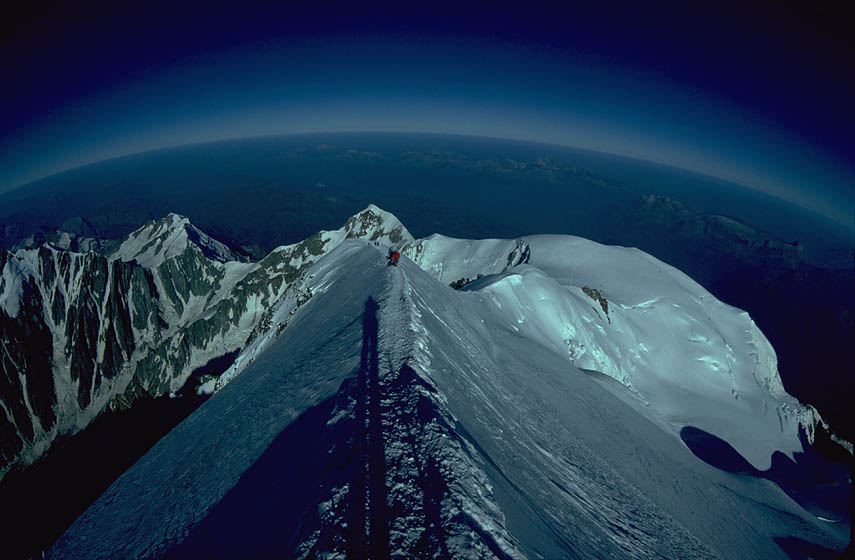 Mont Blanc peak, looking west., 71 kb