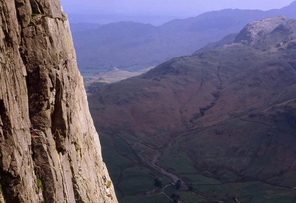 Kipling Groove, Gimmer Crag, 111 kb