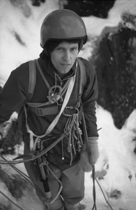 Dougie Lang in trad winter gear - 1968, 47 kb