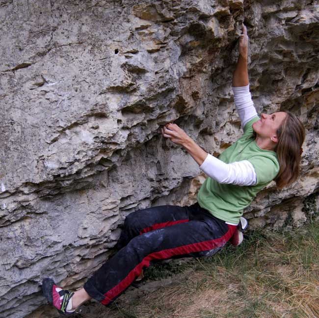 Lucy Creamer first ascent Trente-six, Font 7c+, St.Leger, 77 kb