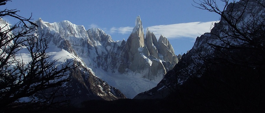 cerro torre and her mates from the trail to de agostini, 115 kb