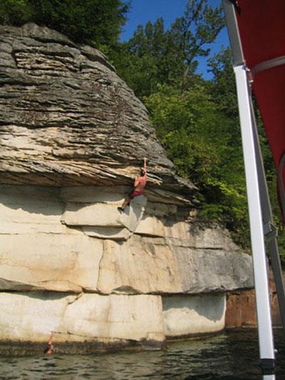 Summersville Lake, deep water soloing, West Virginia, USA, 60 kb