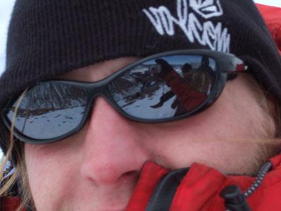 Neil Mackenzie, 32 kb
