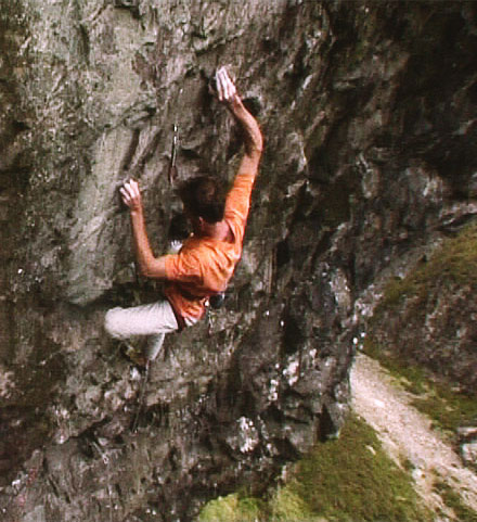 Dave Birkett on his new E9 at Cam Crag, Wast Water, Lake District, 67 kb