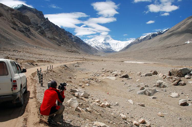 The road to Everest Basecamp. Tibet., 115 kb