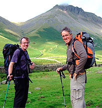 Gordon filming with Griff Rhys Jones in Wasdale, August 2006, 21 kb
