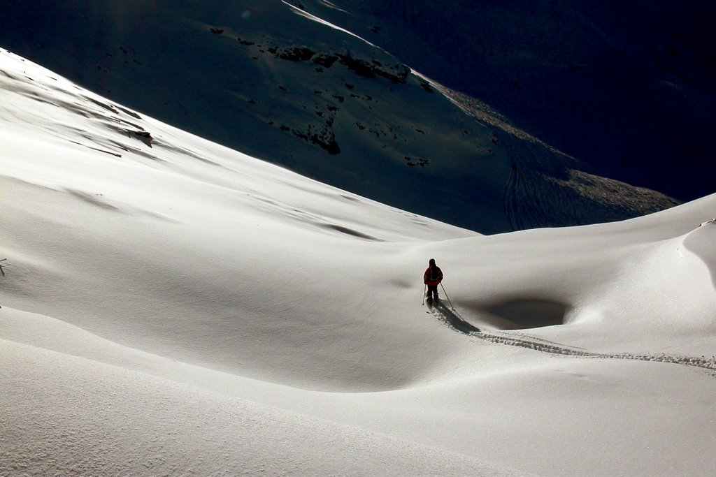 Ski touring, late afternoon, near Melchsee, Switzerland. Are you sure that's the way down?, 106 kb