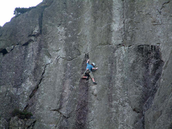 George Ullrich on Impact Day E8/9 6c, Pavey Ark, Lake Distirct, 65 kb