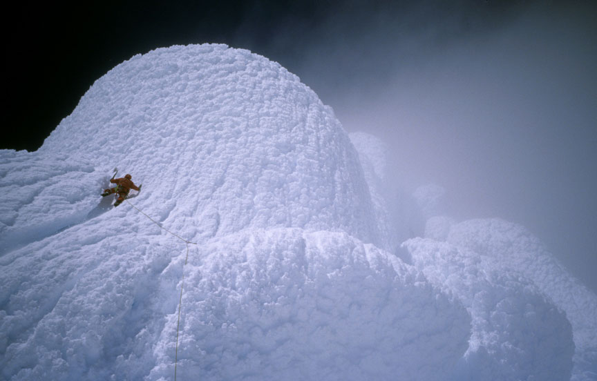 Rolando Garibotti climbing the summit mushroom of Cerro Torre, 64 kb