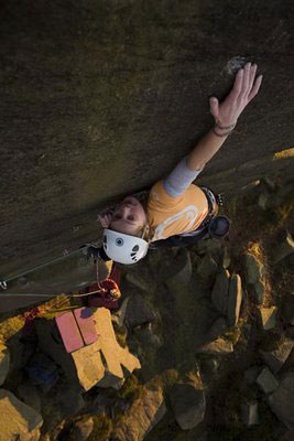 Katy Whittaker flashing Nosferatu at Burbage South, 25 kb