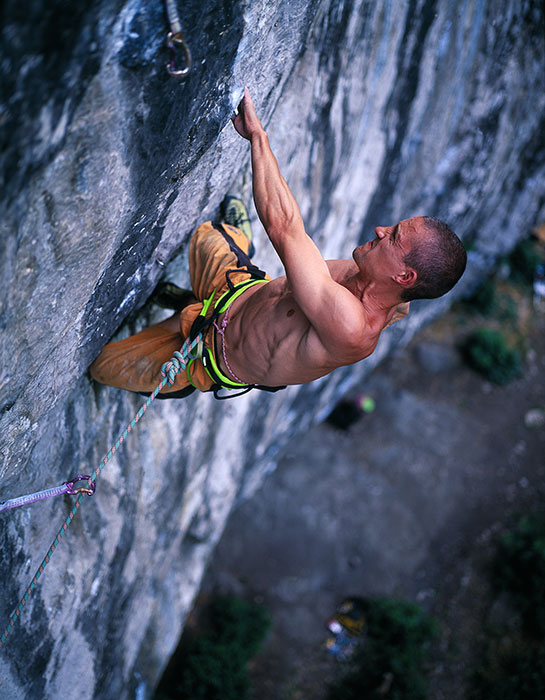 Steve McClure on Mecca Extension (8c) during the filming of 'Magic Numbers' from the Psyche dvd., 95 kb