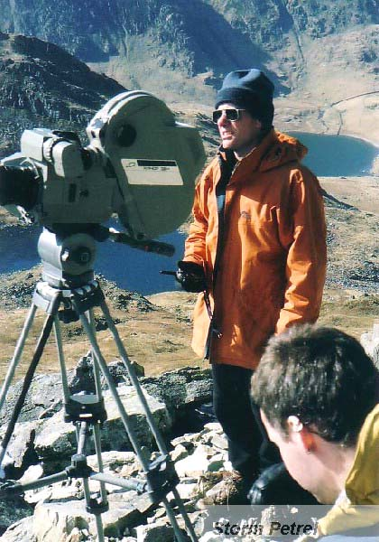 Gordon directing on Tryfan, 74 kb