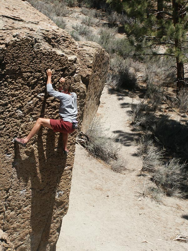 Chris Fryer at the Bachar Boulders, Mammoth Lakes, Eastern Sierra, California, 154 kb