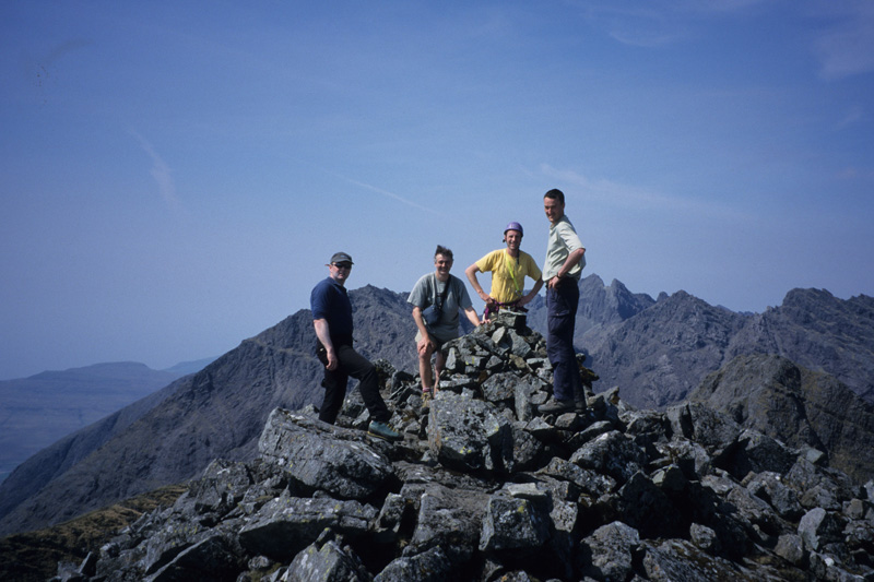 Summit Fever! - A successful traverse team on the summit of Gars-bheinn!, 150 kb