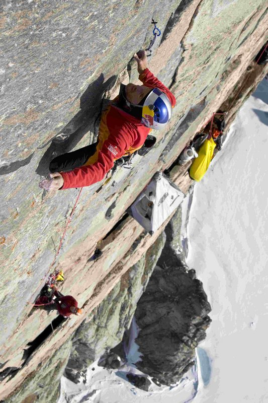 Stefan Glowacz - hard free climbing on Take The Long Way Home, 122 kb