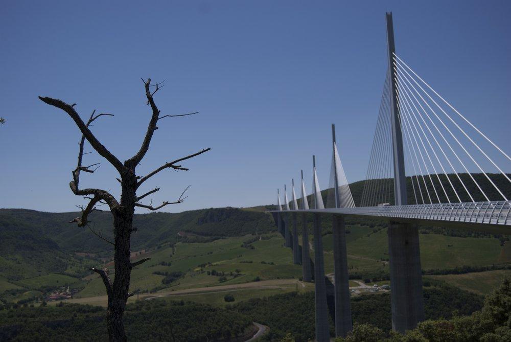 Millau Viaduct, Gorges du Tarn, 76 kb