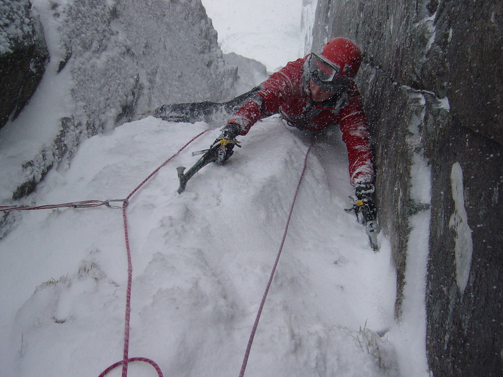 Perfect winter conditions on Scabbard Chimney, 153 kb