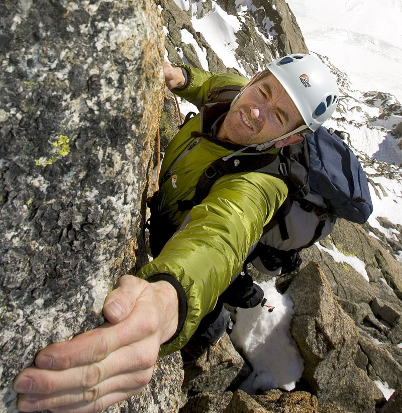Andy Cave in action on the Aiguille Verte, Chamonix, 207 kb