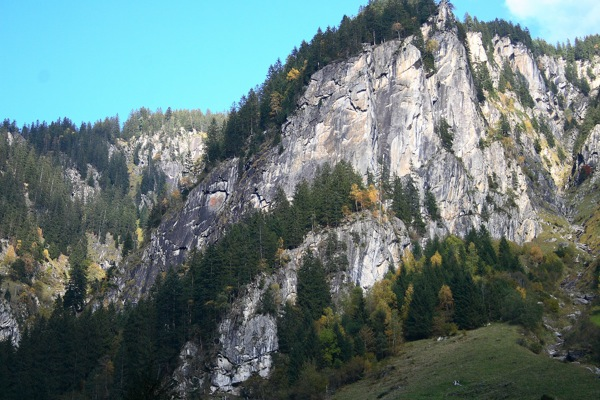 Zillertal At Risk From Quarrying, 113 kb