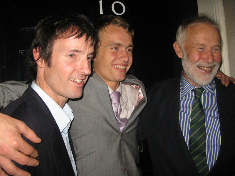 Ben Moon, Leo Houlding and Sir Chris Bonington at No. 10 Downing Street, 165 kb