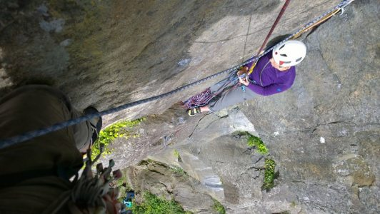 [Leaving Paula on the awkward belay ledge, traversing on P2 to move round the arete, 2 kb]