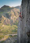 James Williams cruising Resurrection E4 6a.