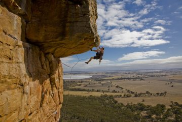 Duncan Campbell on Kachoong, 21, Mt Arapiles