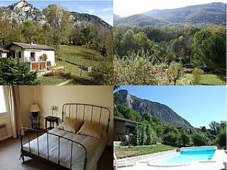 Premier Post: Reduced rate accommodation in Ariège - S.France