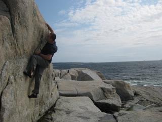 Bouldering @ Crystal Crescent Beach, Nova Scotia